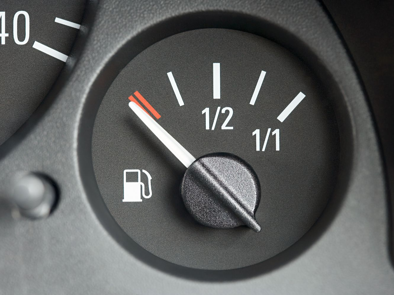 4 Reasons Why Your Gas Gauge Isn't WorkingLiveAbout