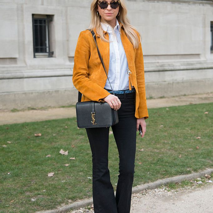Work outfit with flare jeans
