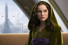 Movie still of Natalie Portman as Padmé Naberrie