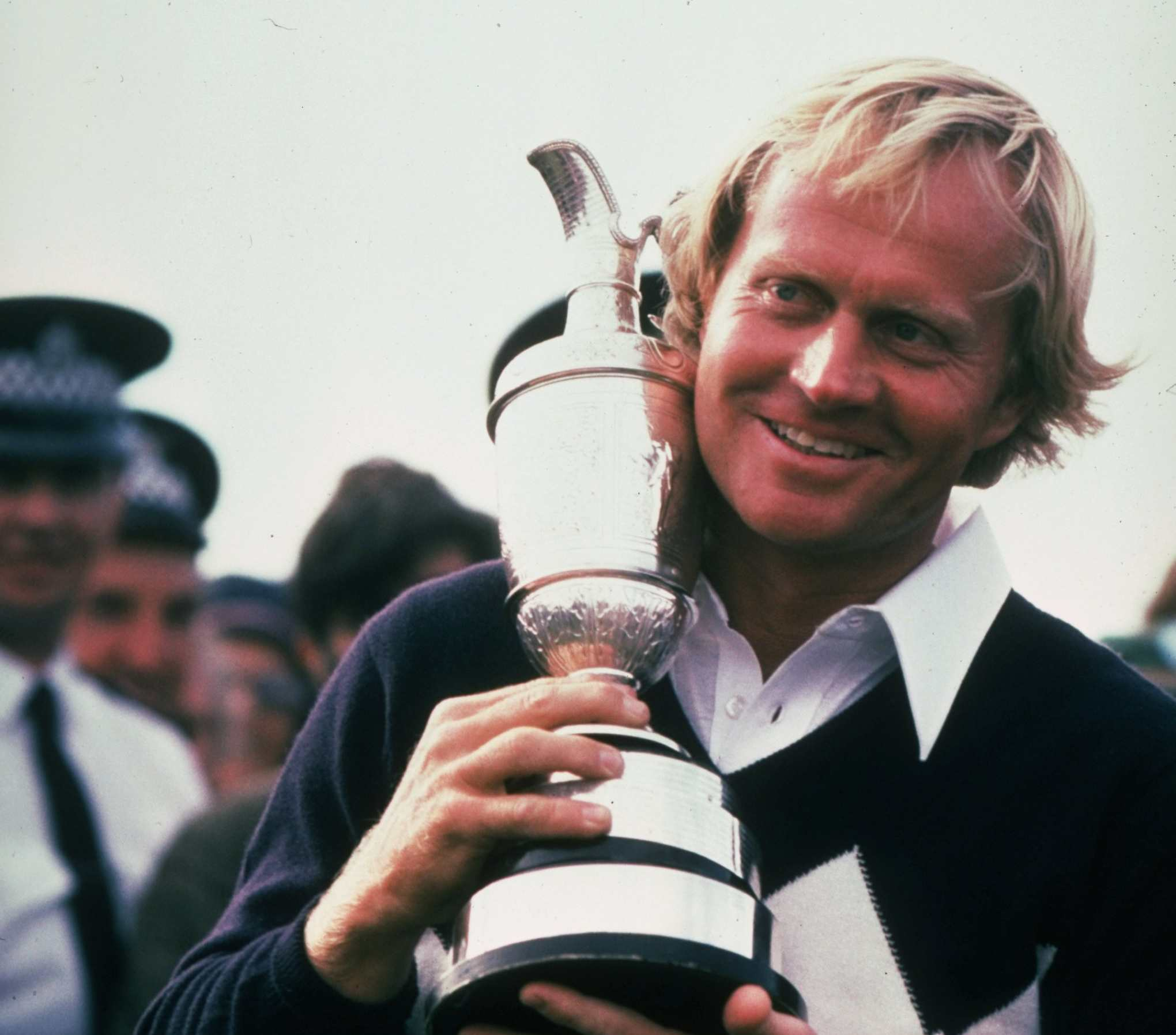 Jack Nicklaus holds the Claret Jug after winning the 1978 British Open at St Andrews with a score of 281