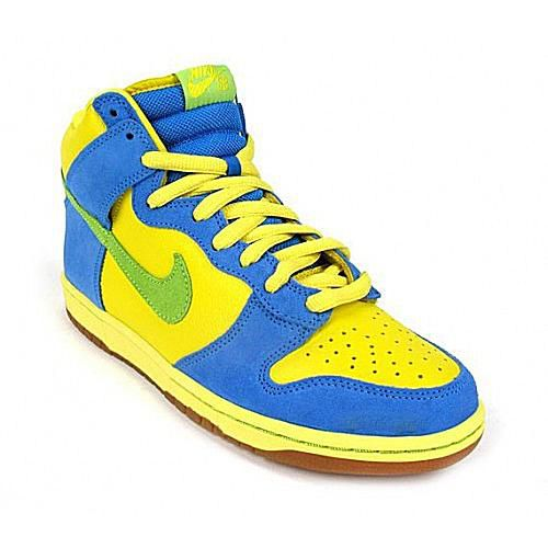 online store 7ce6f e0659 Nike Dunks are the hottest sneakers on the streets today. Offered in crazy  cool colorways and in materials beyond your imagination, find the Nike Dunk  in a ...