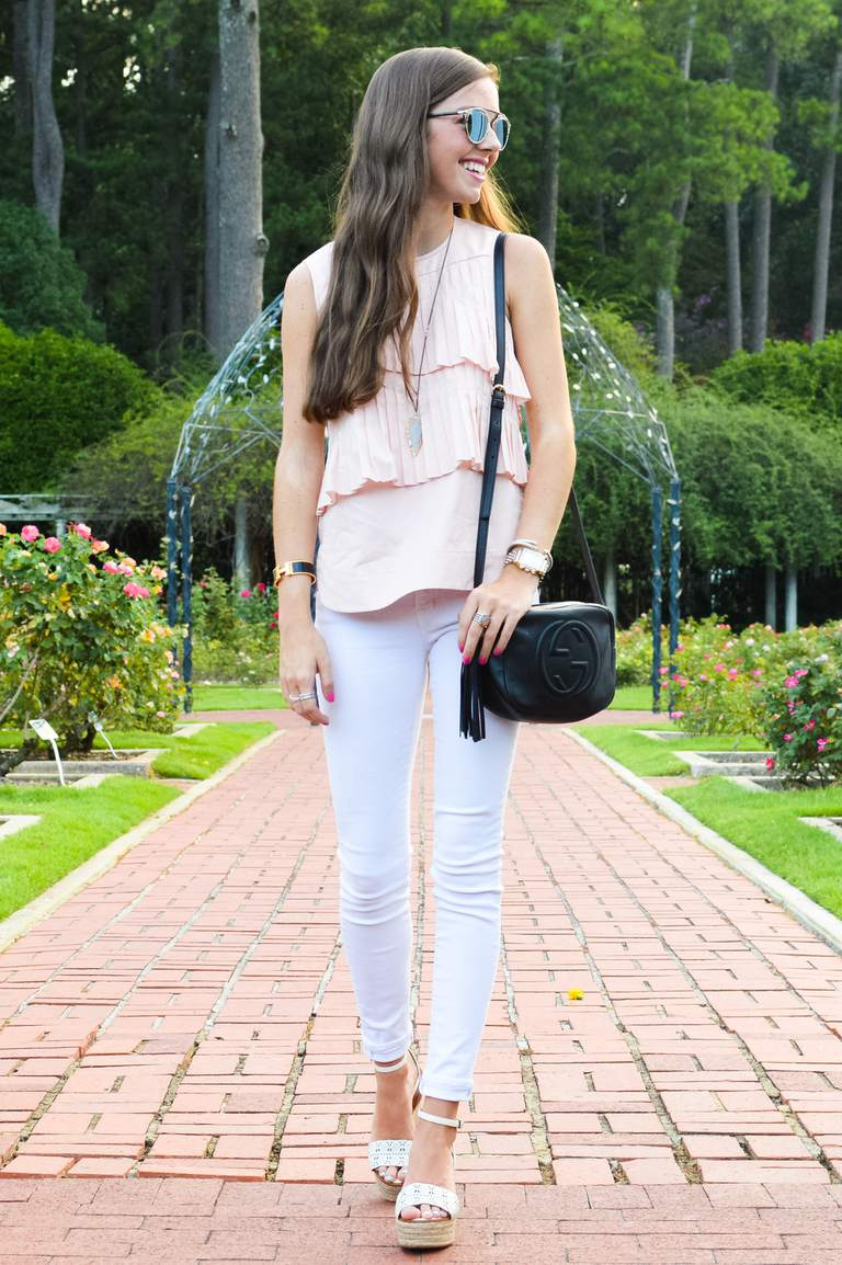 3c1529c0581 Street style in pink top and white skinny jeans