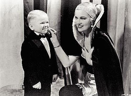 Olga Baclanova and Harry Earles in 'Freaks'.