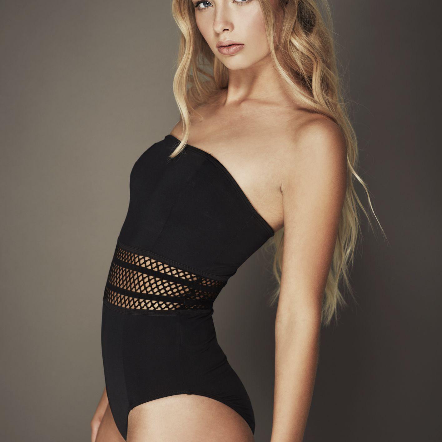 Modeling Portfolio Swimsuit Bathing Suit Photograph