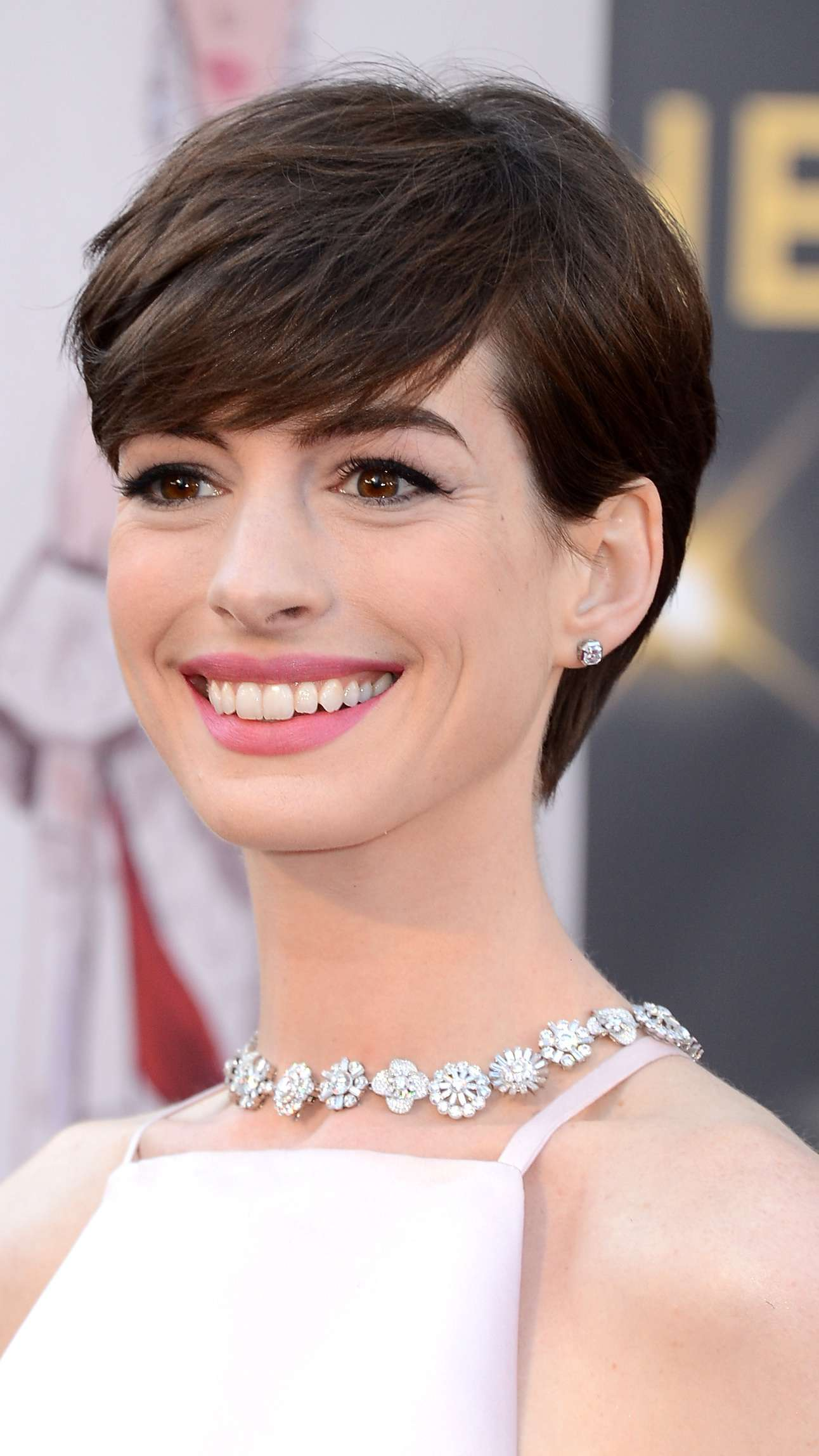22 Inspiring Short Haircuts For Every Face Shape