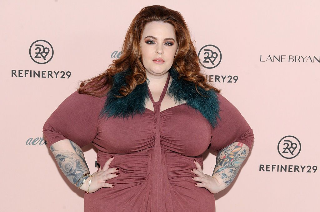 Tess Holliday posing at a red carpet event.
