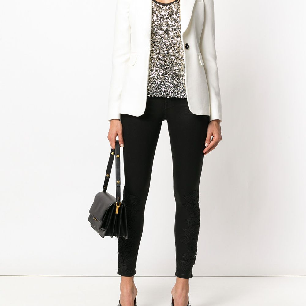 23658168f5b How to Wear Skinny Jeans For Work To Look Polished