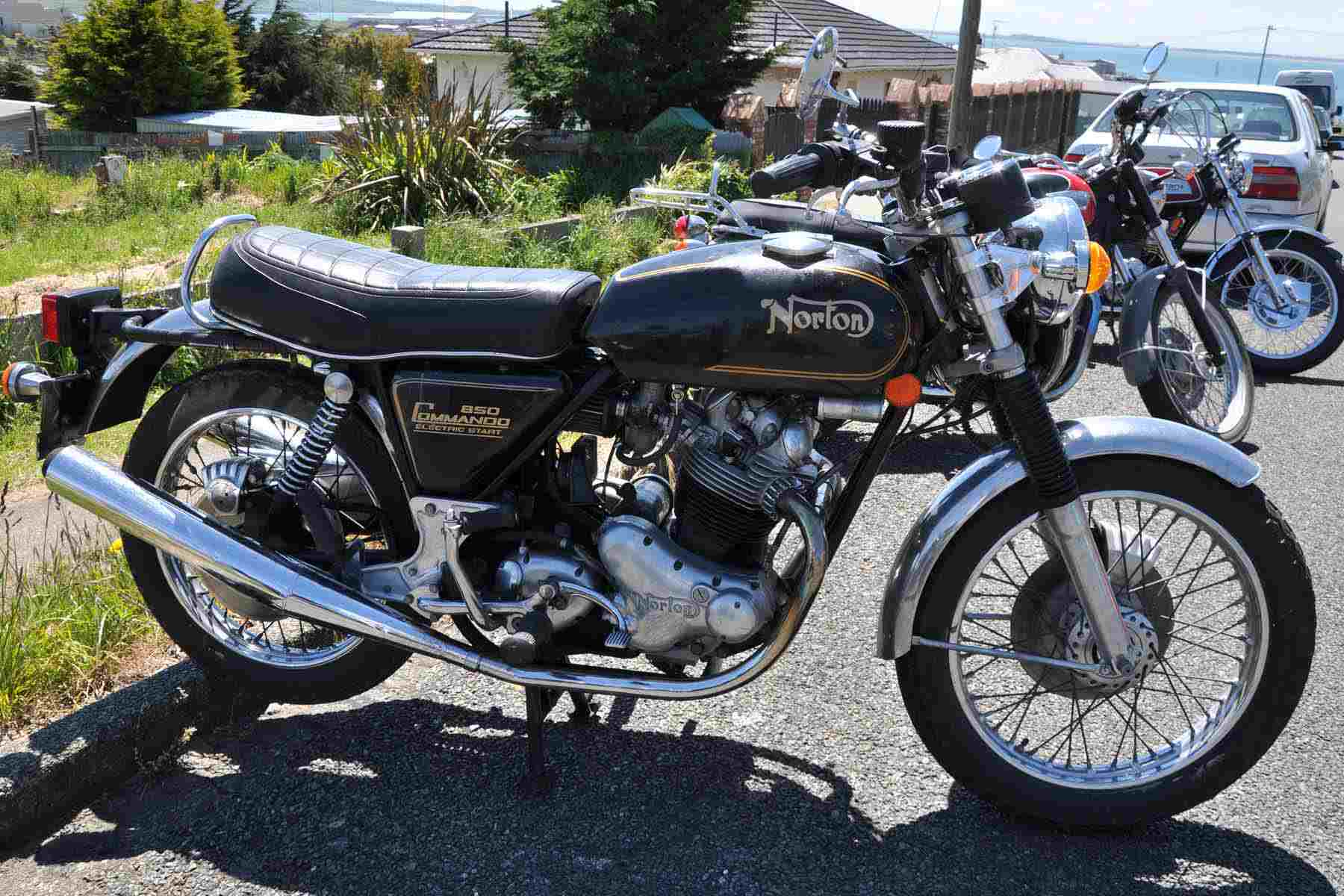A 1975 Norton Commando 850.
