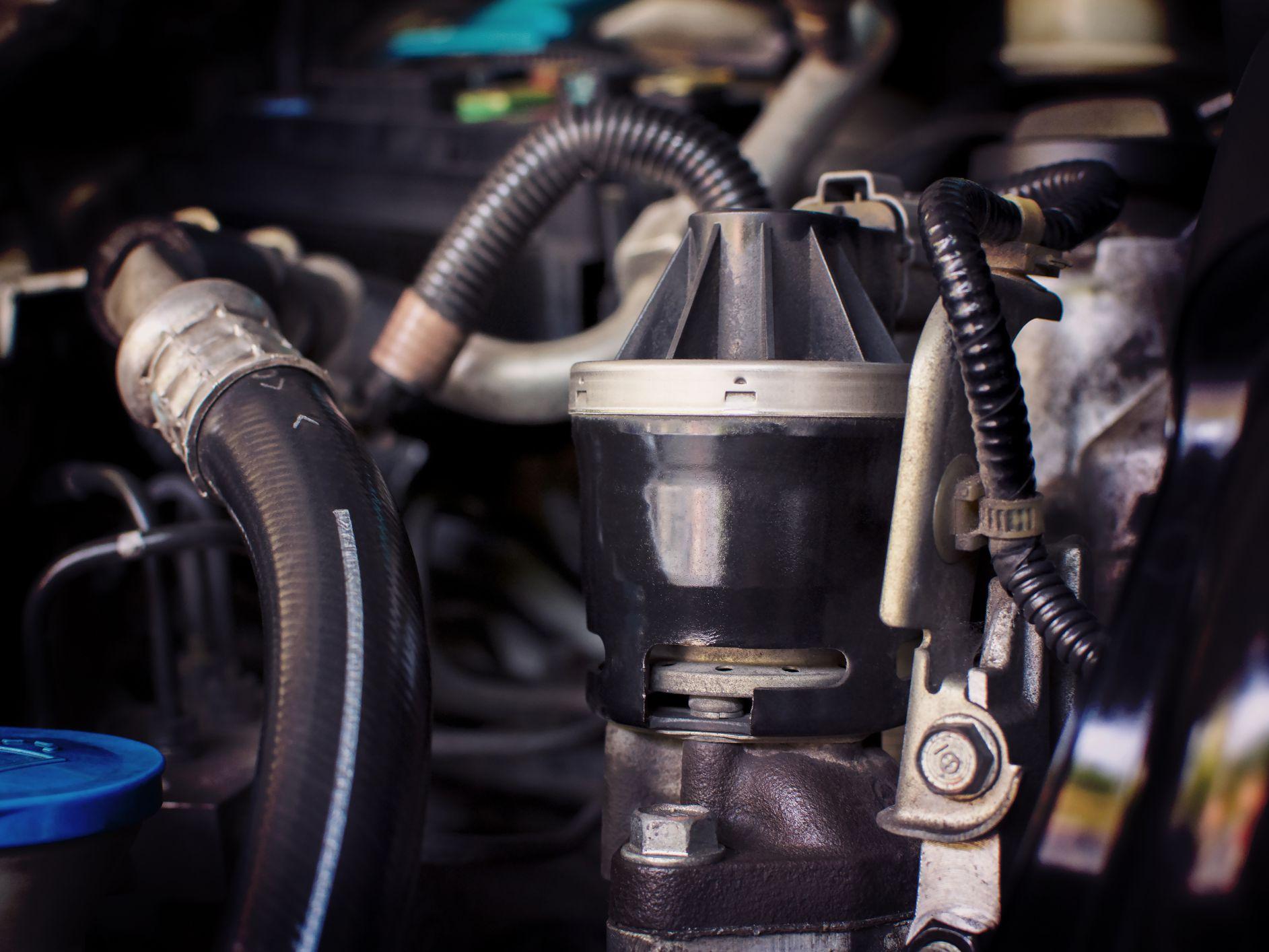 自動車の排気ガス再循環バルブの画像結果
