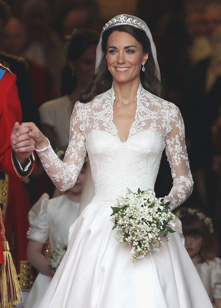 Kate Middleton in Alexander McQueen wedding dress