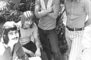 Bread (left to right) Mike Botts, Larry Knechtal, Jimmy Griffin, and David Gates