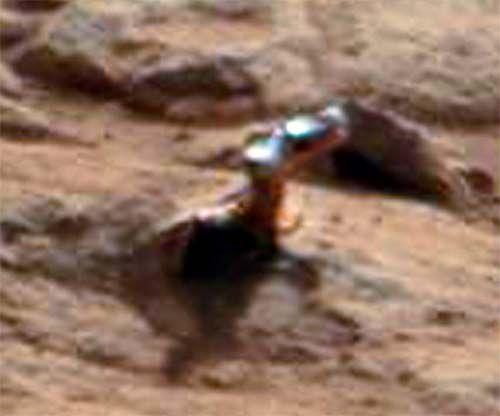 Mars shiny metal object