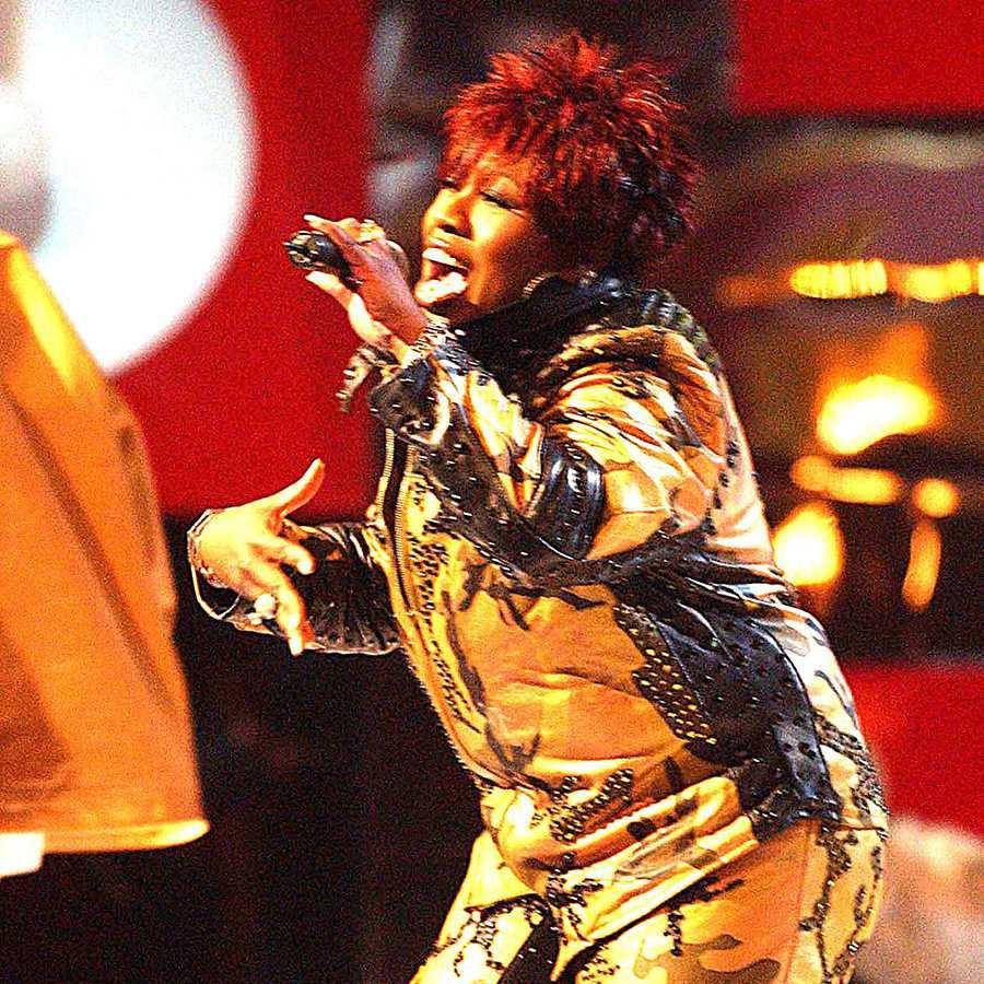 Missy Elliott performing in 2001