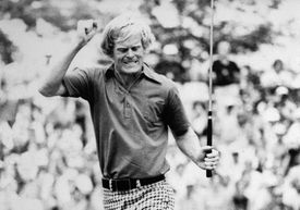 Johnny Miller celebrates making the last putt of his final-round 63 to win the 1973 US Open