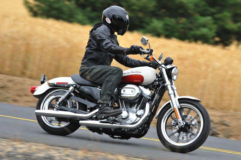 2011 Harley-Davidson Sportster SuperLow Review