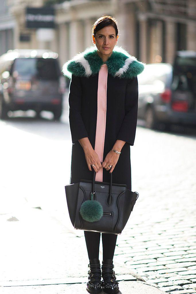 79dd8459fcede 23 Classy Faux Fur Coat Outfit Ideas for Winter Fashion
