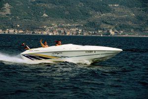 People powerboating on Lago di Garda (Lake Garda)