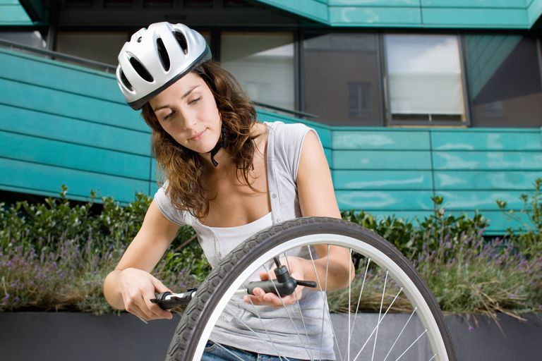 Woman suing bicycle pump