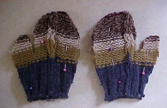 Flip the Mittens and Pin