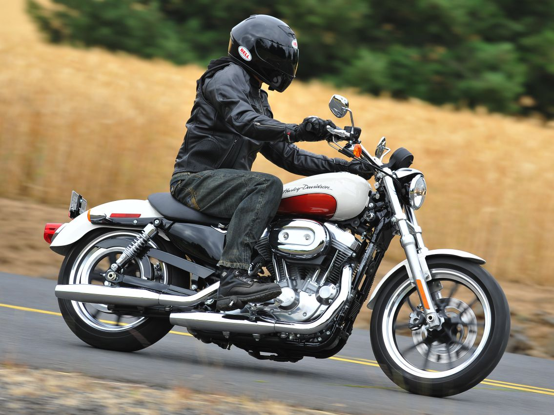 2011 Harley Davidson Sportster Superlow Review