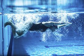 swim turn