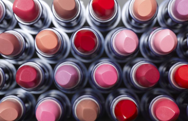 Tricks for wearing lipstick