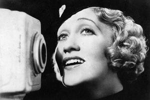 Photo of Ruth Etting