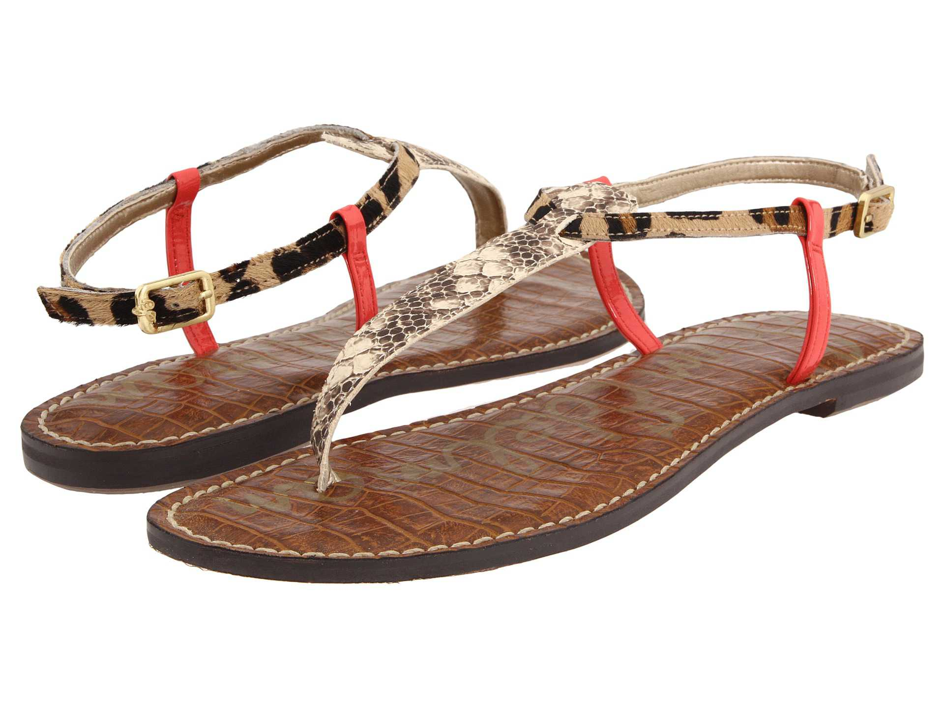 2f7785f963d314 5 Sandals to Wear With Women s Jeans
