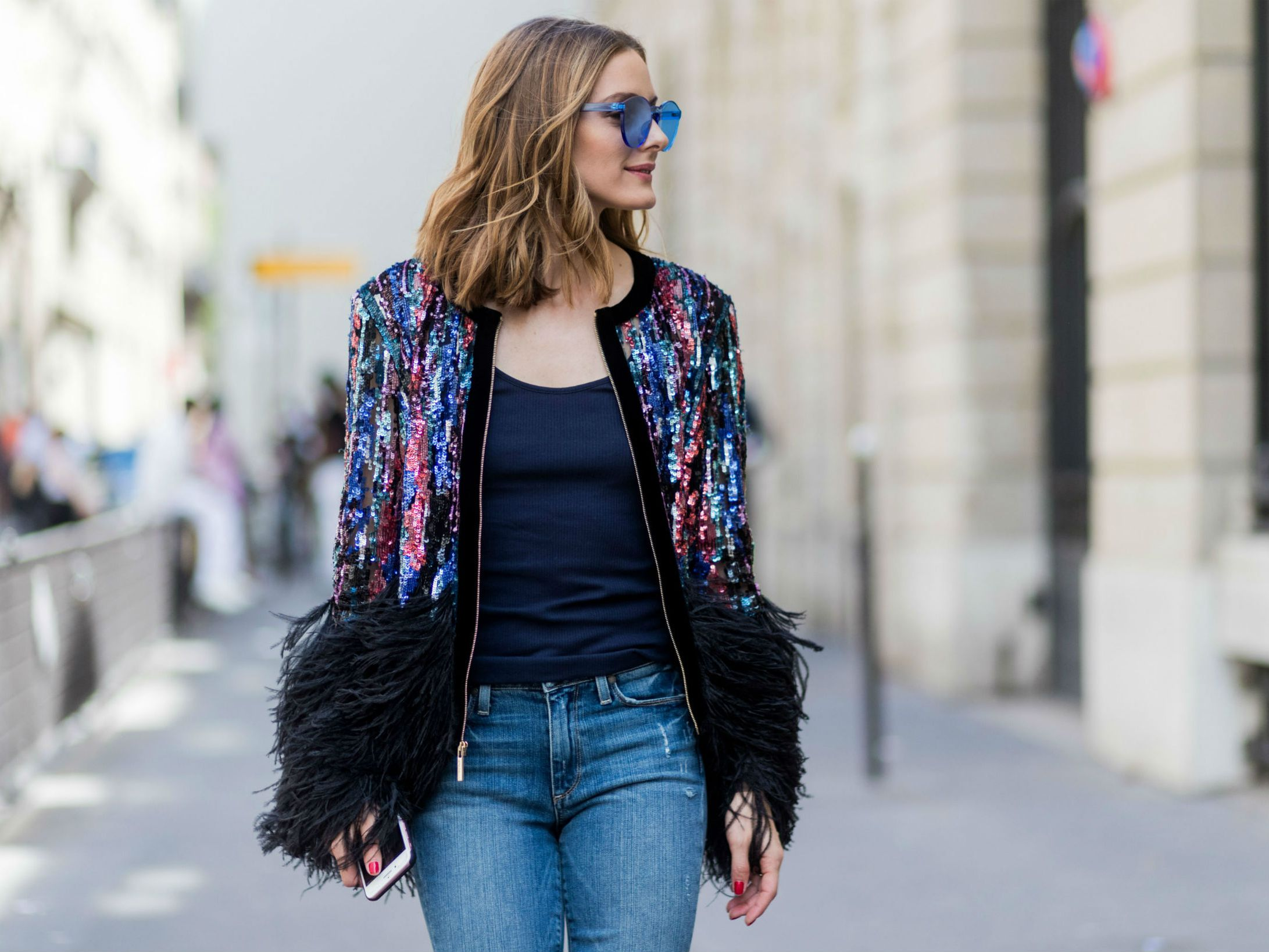 6f5984ded French Women Style - How to Wear Jeans Like a Parisian