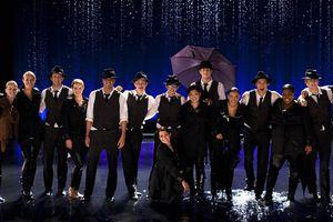 Glee Singing In the Rain