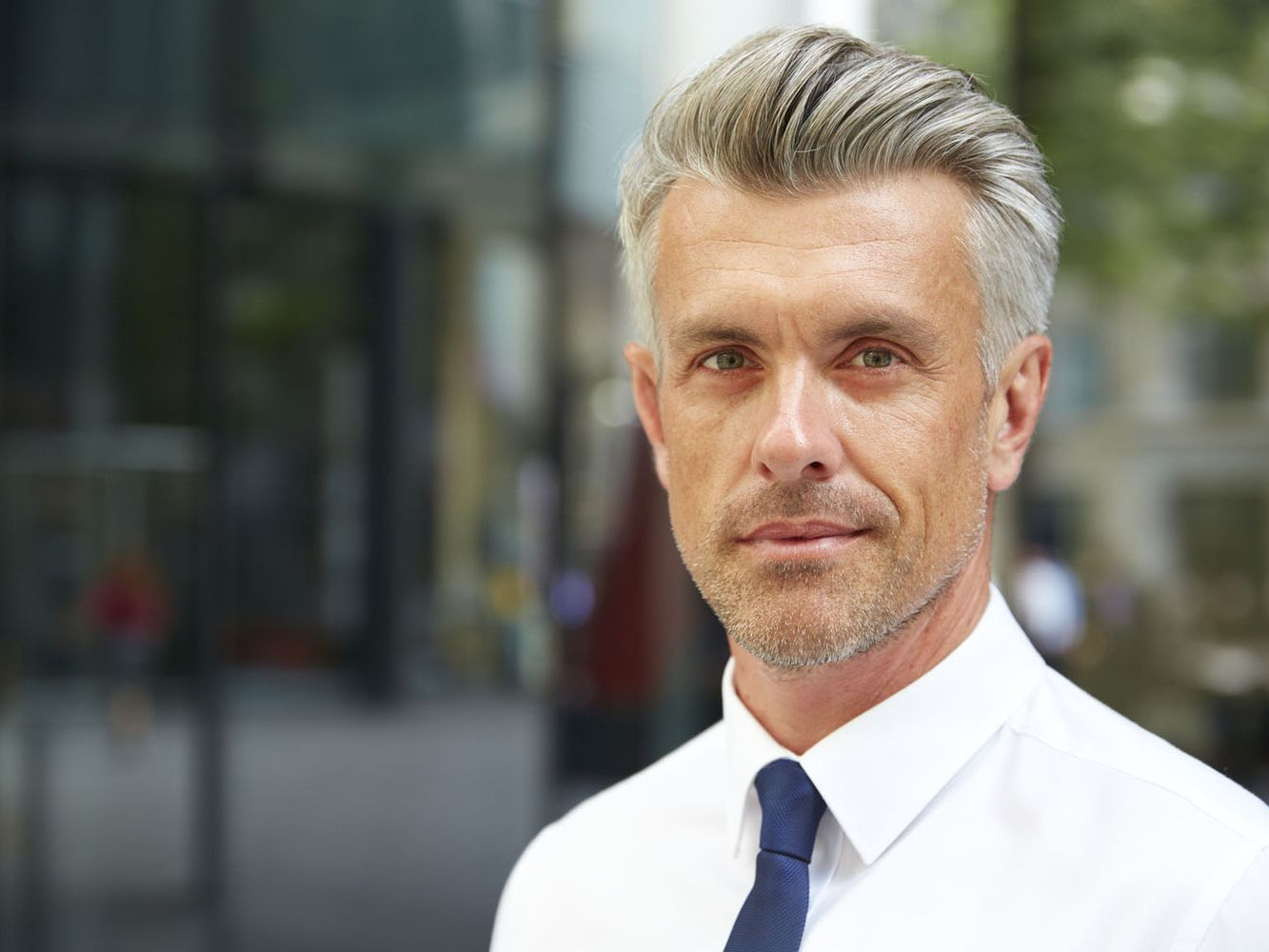Cool Haircuts For Men Over 50