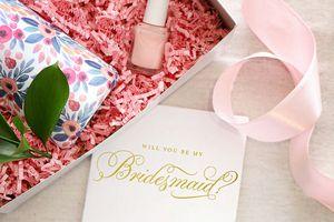 bridesmaid card and gifts