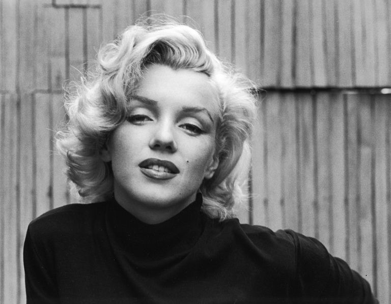 Marilyn Monroe black and white portrait