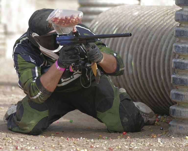 Paintball shooter on the playing field