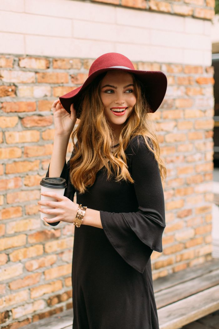 How to Wear Fall s Most Fashionable Hats 5943051a2bd