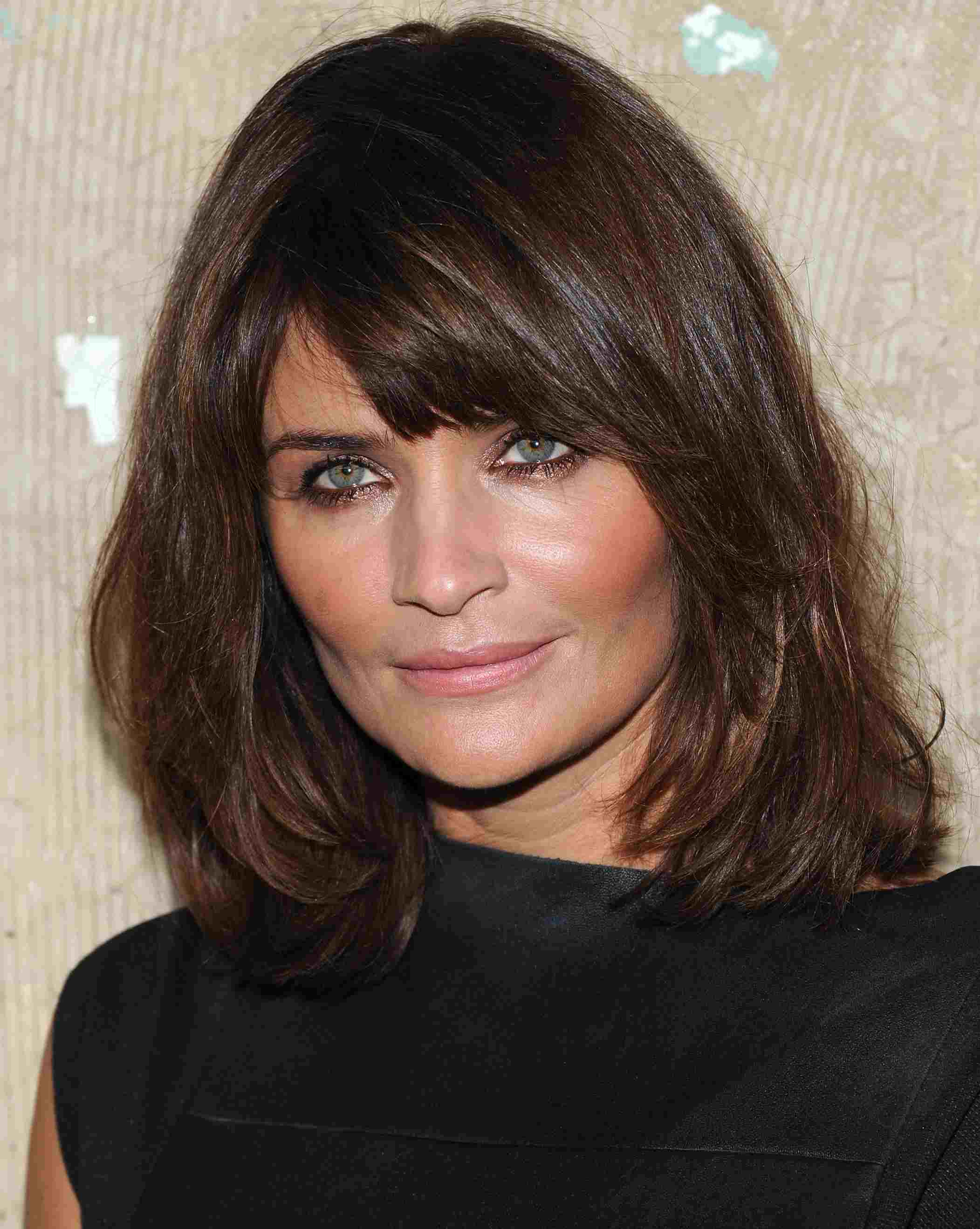 16 Photos Of Hairstyles With Gorgeous Side Swept Bangs