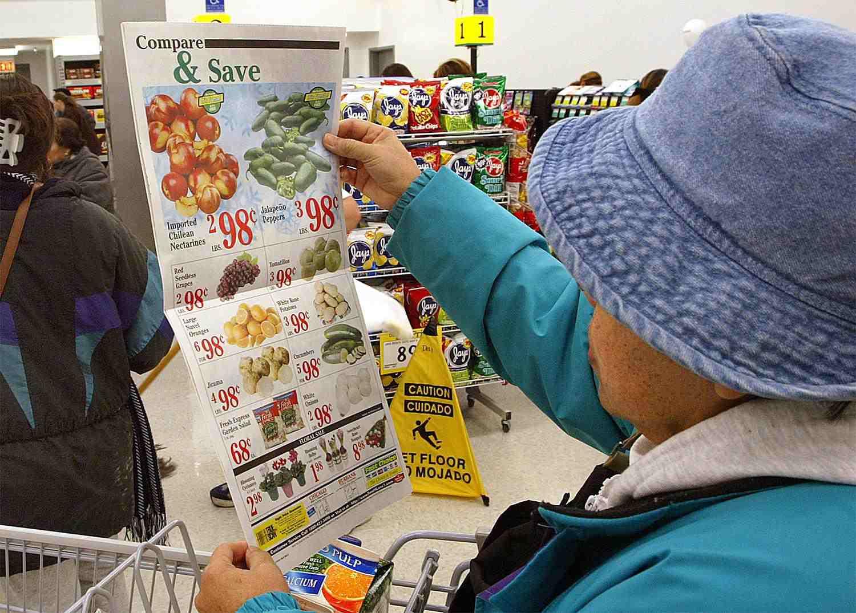 groceryflyers.jpg