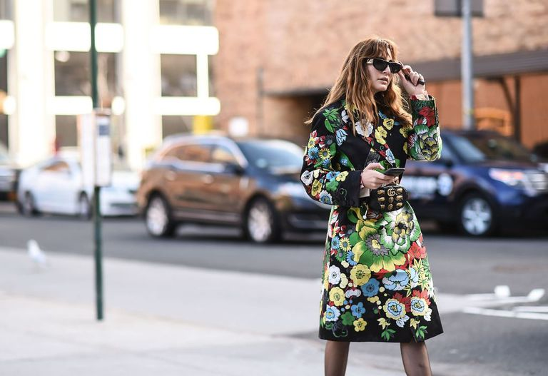 Street style woman flower print coat