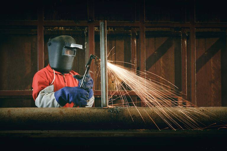 A Basic Overview of How MIG Welders Work