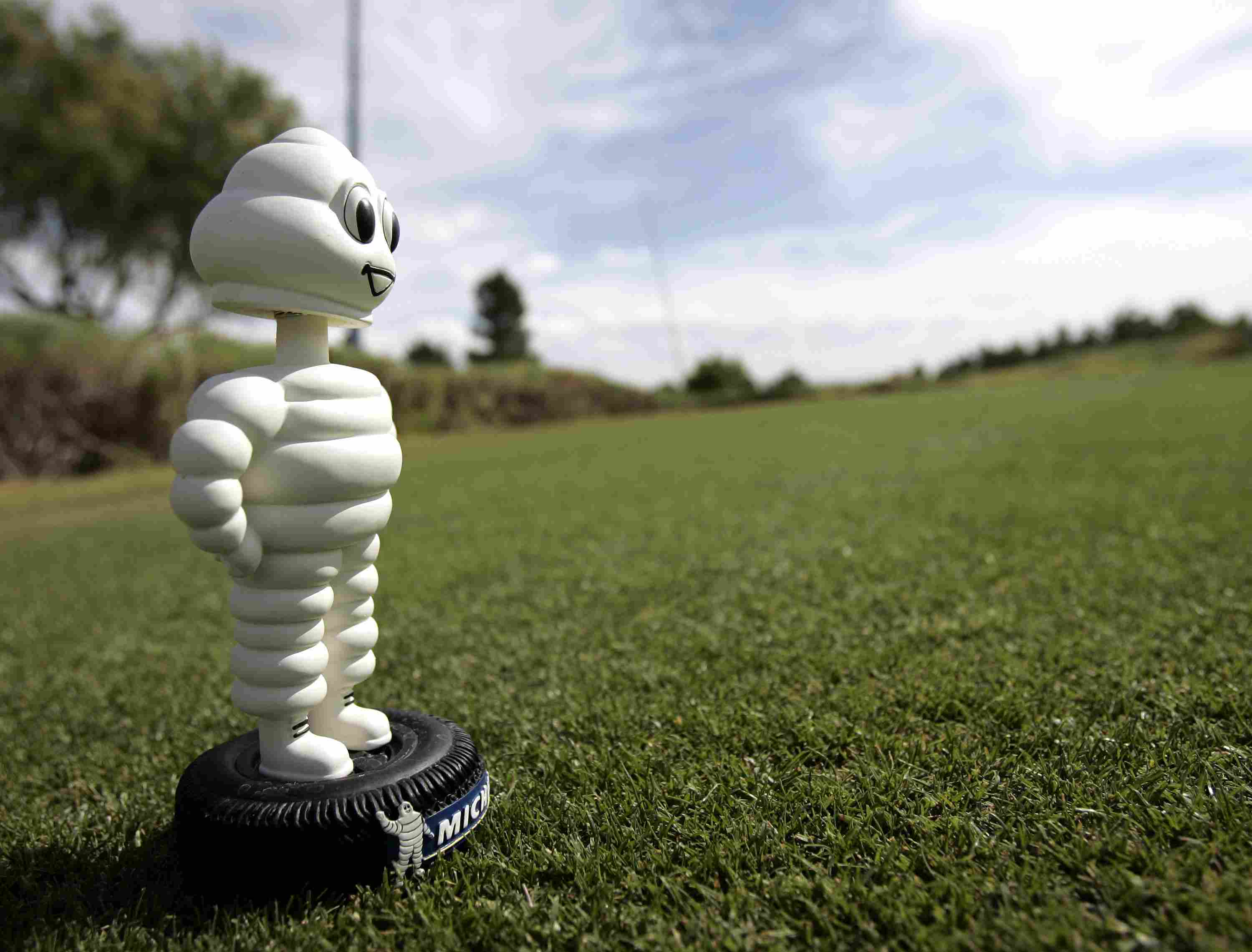 The Michelin Man is a tee marker at the 2005 PGA Tour Michelin Championship