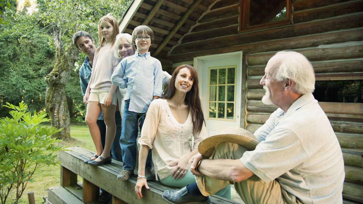 Tips for Step-Grandparents: Equal Treatment and Avoiding Favoritism