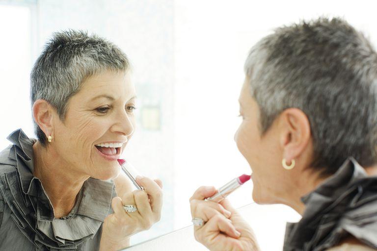 older-women-lipstick-tricks.jpg