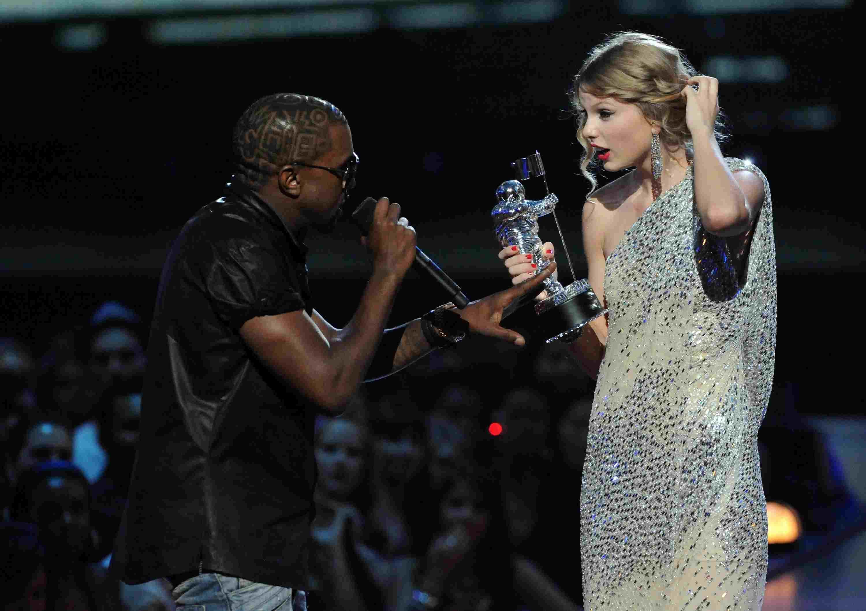 2009 MTV Video Music Awards kayne west taylor swift