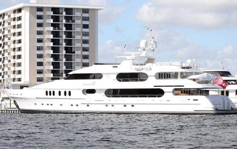 Tiger Woods Yacht Name Price Size And Other Details