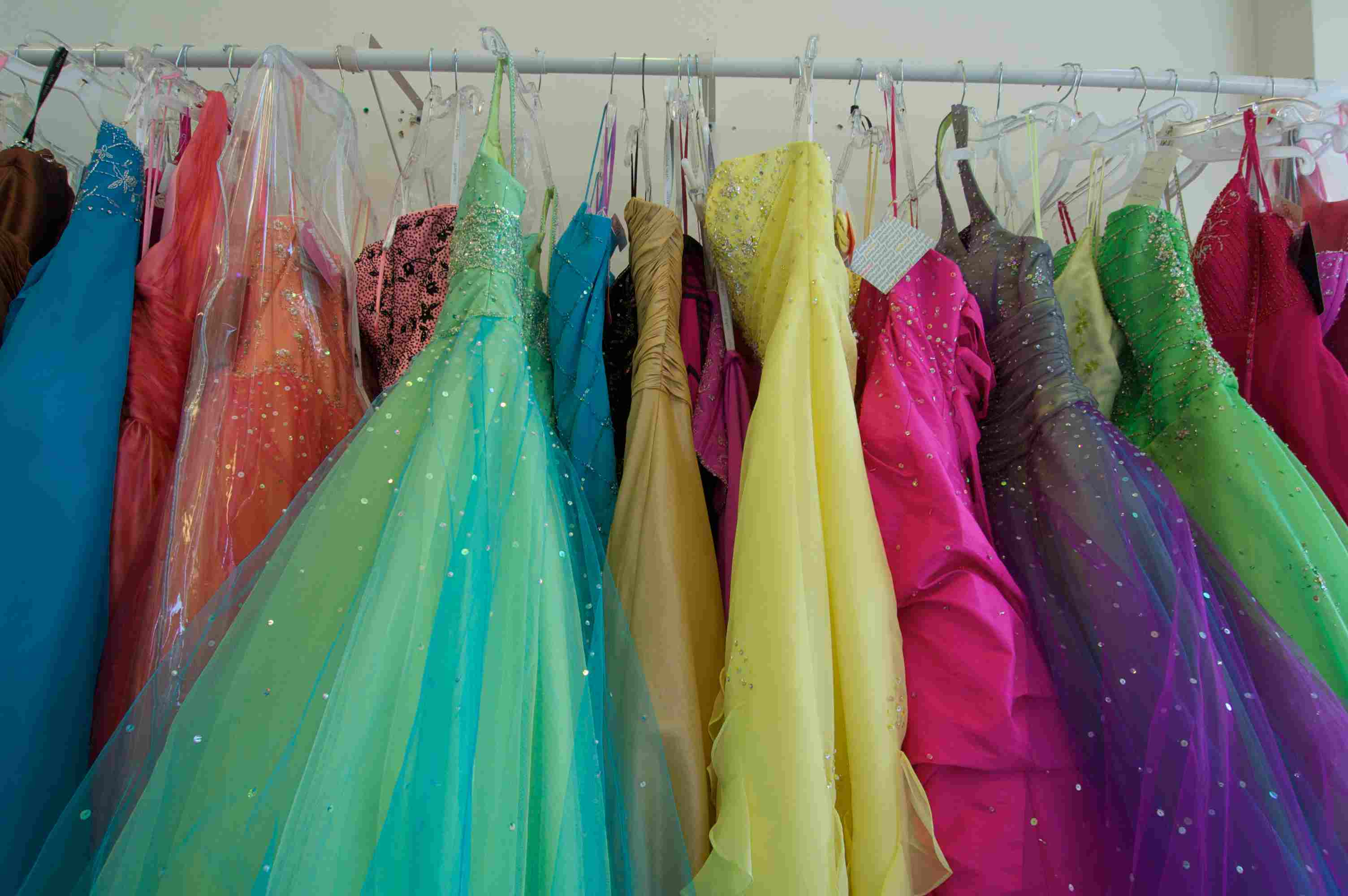 3c1768d2cd16 The Best Online Prom Boutiques