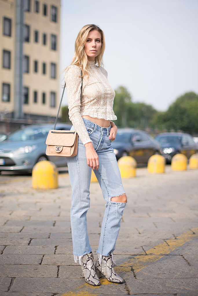 4d8fcb1dbe3 How to Wear Boyfriend Jeans  12 Awesome Outfit Ideas