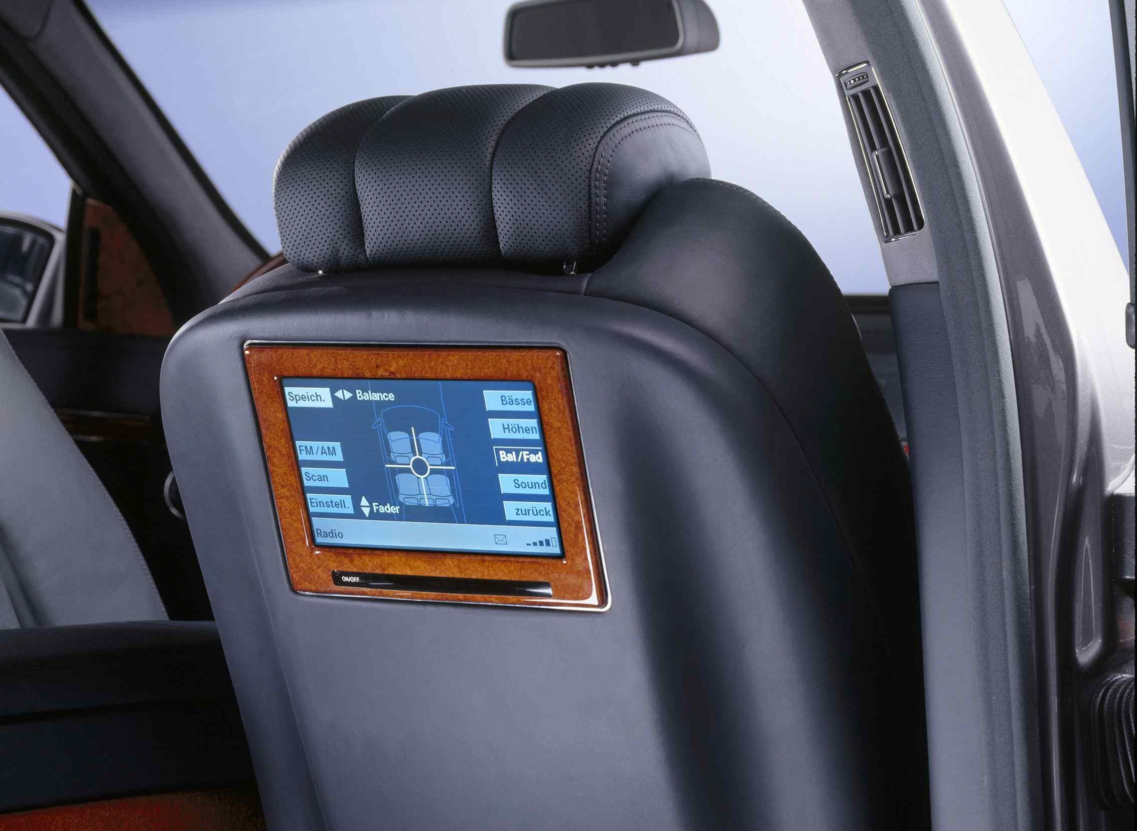 Car seat screen