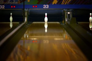 Bowling alley and pin