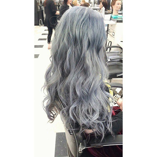 12 Ways to Rock the Gray Hair Color Trend