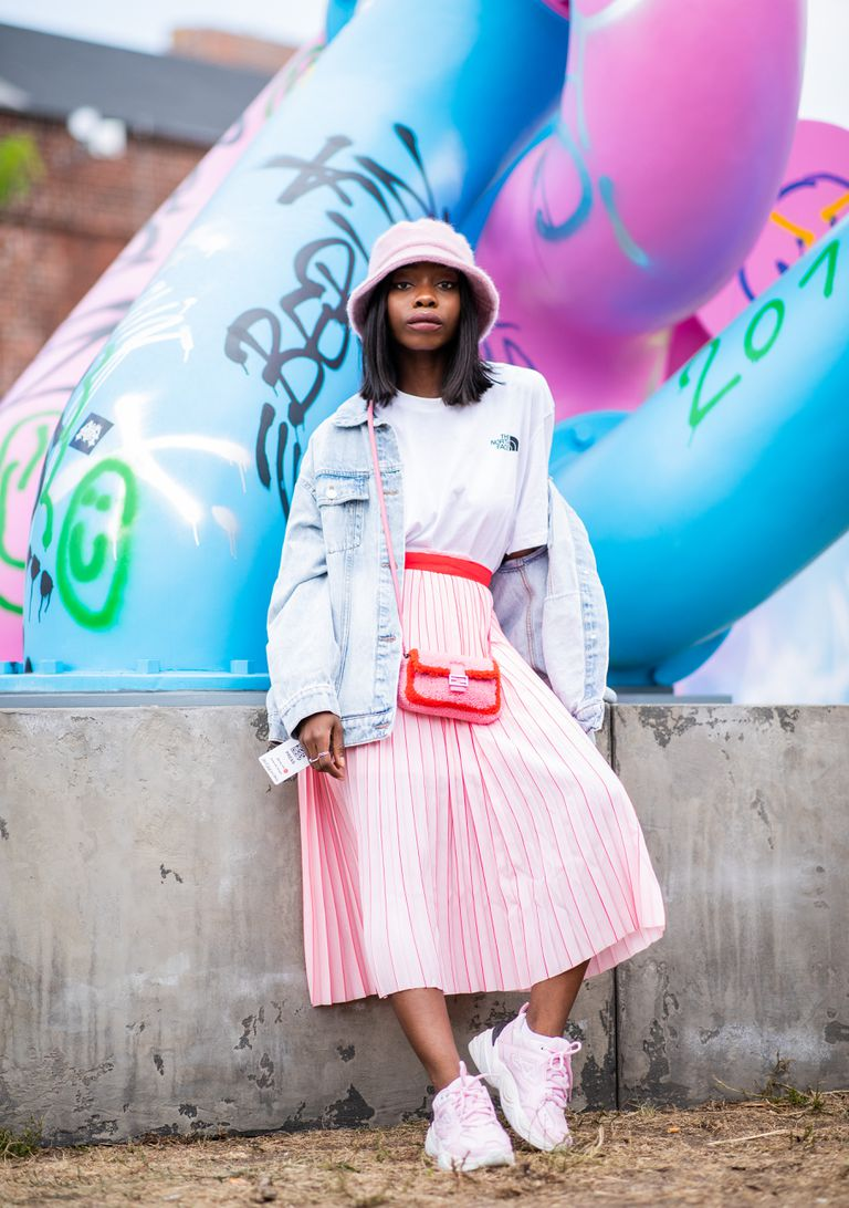8e4dfc7e55b 10 Stylish Ways to Wear a Jean Jacket This Summer